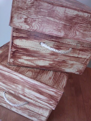 storage box with lid wood grain look