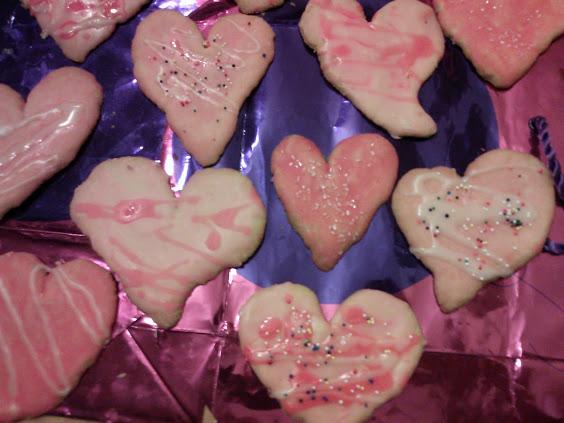 Individual heart shaped cookies