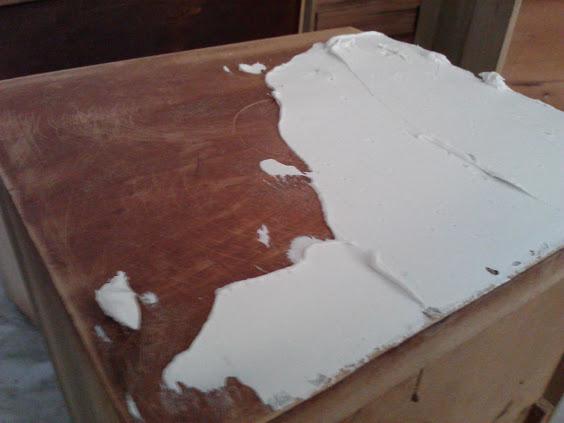 apply-plaster-drawer-front