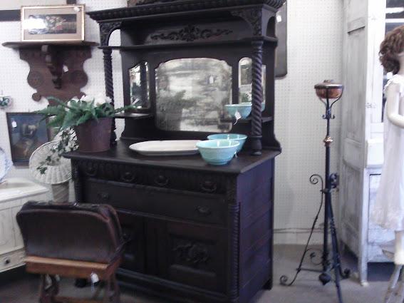 antique-cabinet-hazel-kentucky