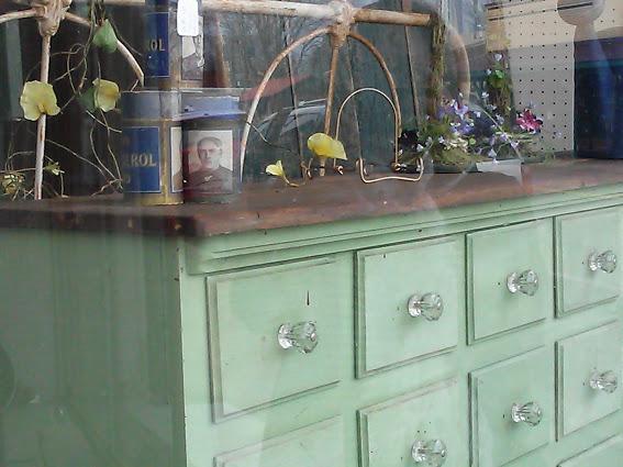 painted-antique-furniture-hazel-kentucky