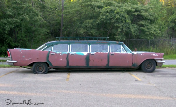 1957 Chrysler New Yorker Airport Limo - StowandTellUvintage car limo