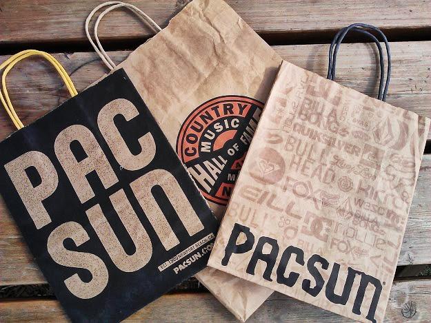 bouttque or souvenir bags