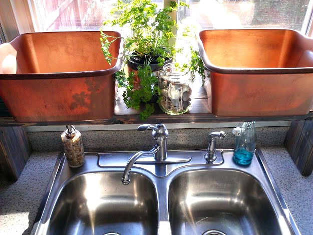 Copper painted plastic kitchen dish pan-Stowandtellu.com