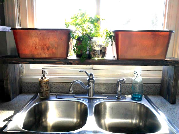 Copper painted plastic kitchen dish pan