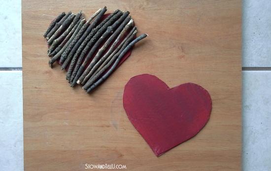 DIY Valentine twig heart trivet-StowandTellU.com