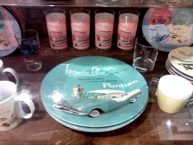 Pontiac Musium - Pontiac Vintage accesories