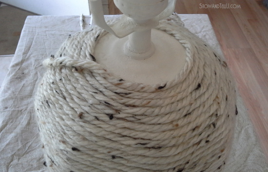 diy yarn wrapped lamp-StowandTellU