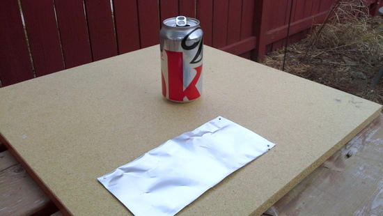 cut-top-and-bottom-off-soda-can