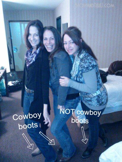 wear-cowboy-boots-to-nashville-honky-tonk