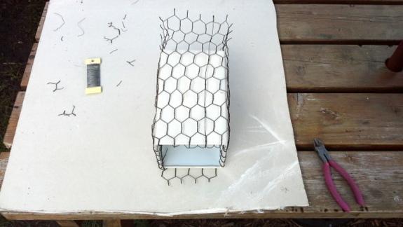 fold-wire-inside-lamp-shade