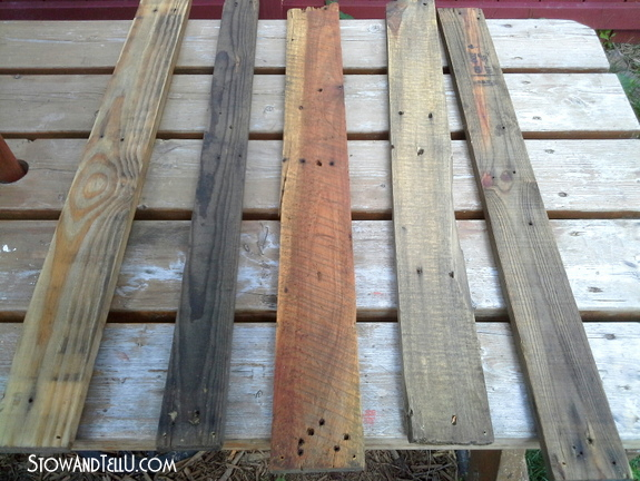 pallet-wood-stained-with-vinegar-and-canola-oil