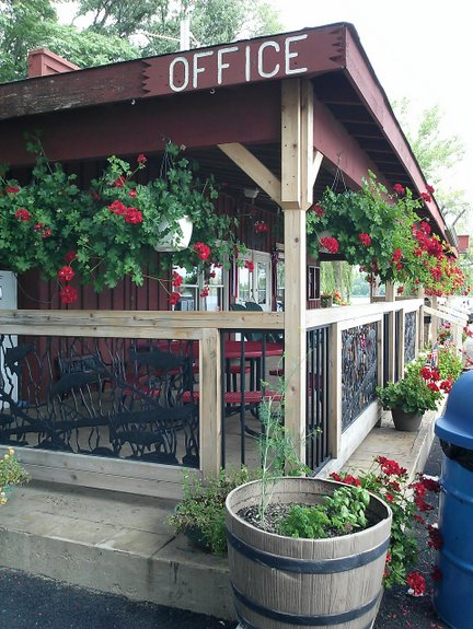 camping-vacation-home-general-store