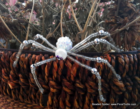 spider-made-with-beads-feral-turtle